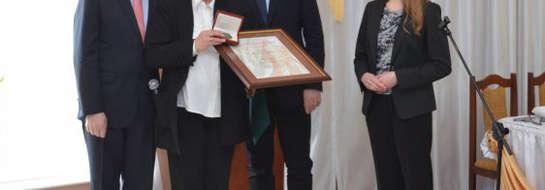 """Elżbieta Dębek otrzymała medal """"Pro Masovia"""""""