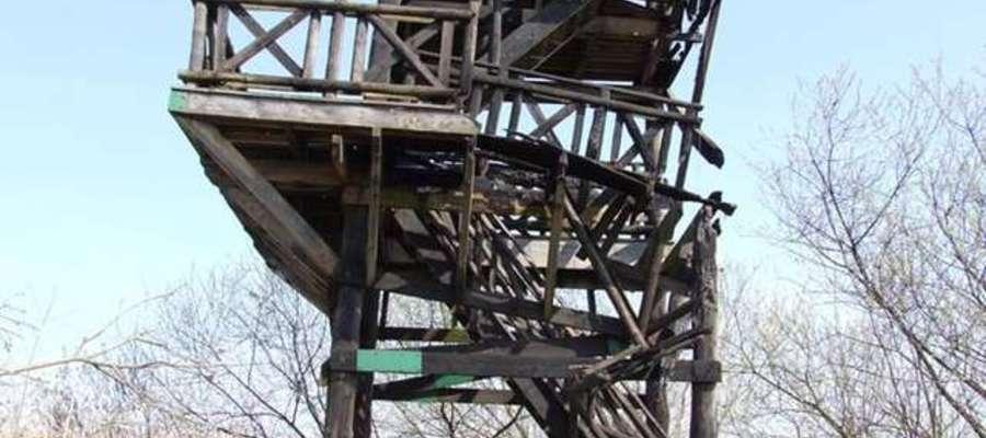 Wieża, stan po podpaleniu