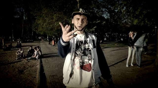 Jego hobby to rap. Napisał piosenkę o UWM - full image