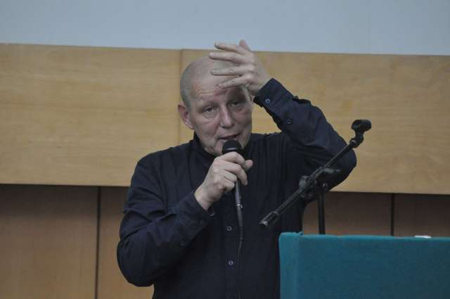 Jasnowidz Krzysztof Jackowski będzie jednym z gości konferencji organizowanej przez słuchaczy Wyższej Szkoły Policji