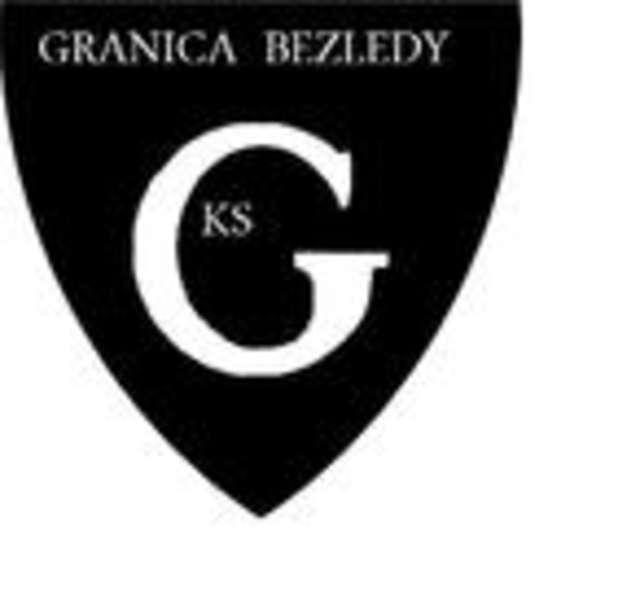 V liga piłki nożnej: Granica Bezledy — MKS Jeziorany - full image
