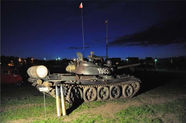 Muzeum Sprzętu Wojskowego w Mrągowie zaprasza w noc 17 maja - full image