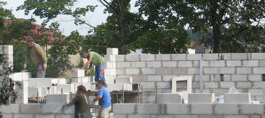 Mieszkańcy naszego powiatu najczęściej otwierają firmy oferujące usługi z branży budowlanej