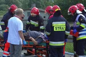 Ranny w szpitalu, a toyota rozbita w wypadku w Bratianie