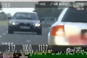 Pędził ponad 240 km/h, bo... spieszył się do dziewczyny