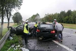 Śmiertelny wypadek na DK 7. Zginął 29-letni kierowca bmw