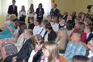 Stypendia, nagrody i wyróżnienia dla prymusów z trzech gmin
