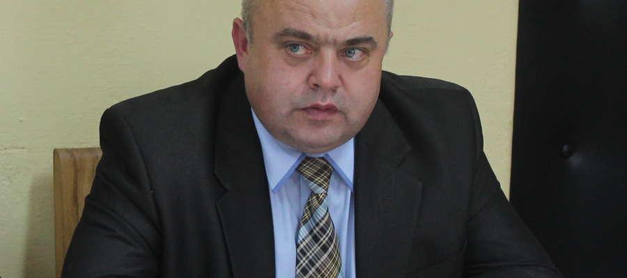 - Chciałbym, aby chodniki w Węgrzynowie powstały już w tym roku - mówi wójt Włodzimierz Załęski