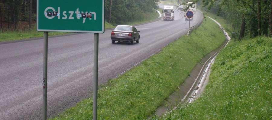 Do podonych incydentów na trasie Olsztyn - Ostróda dochodzi dość często, kierowcy narzekają na brak możliwości wyprzedzania na wiekszości trasy