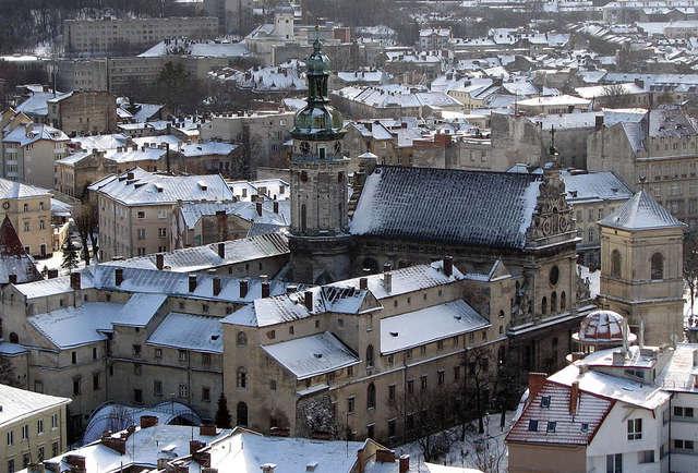 Lwów: kościół bernardynów - full image