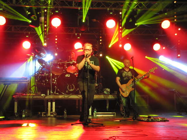 Na zakończenie festiwalu wystąpił zespół Ira  - full image