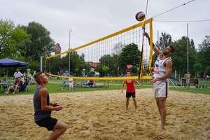 Zagraj w siatkówkę