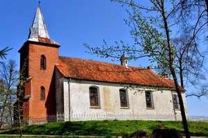 Włóczęgostwo fotograficzne Marioli Karpowicz cz.4. Kościół w Jarandowie