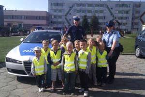 Policjanci w Integracyjnym Przedszkolu Publicznym nr 4