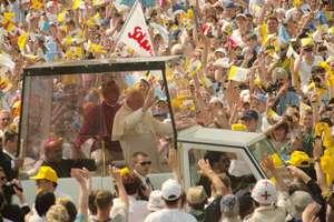 Ukraina: Jan Paweł II zastąpi sowieckiego marszałka