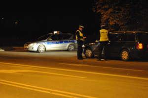 Kierowcy i dyskoteki pod lupą policjantów. Kilkaset kontroli w regionie. Zdjęcia!
