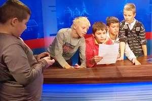 Dzieci ze szkoły w Dzietrzychowie odwiedziły olsztyńskie media