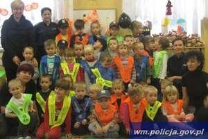 """Burkat: """"Przedszkolak z odblaskiem bezpieczny za miastem"""""""