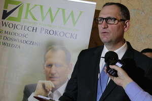 Wojciech Prokocki dziękuje, zaprasza na wybory i... dementuje