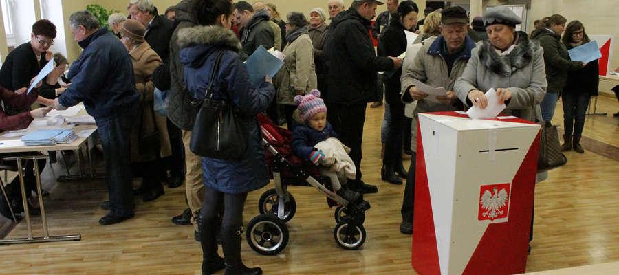 W OKW nr 1 w Bisztynku najwięcej osób przyszło głosować po niedzielnym nabożeństwie.