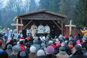 Żywa szopka w Napromku i uroczysta msza święta