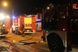 Pożar domu jednorodzinnego. Matka i syn stracili dach nad głową