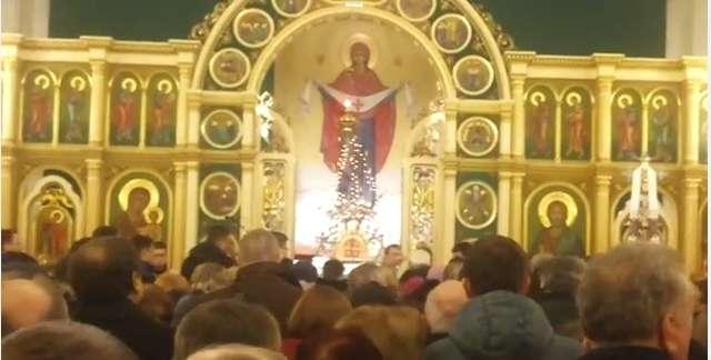 Grekokatolicy i prawosławni świętują Boże Narodzenie - full image