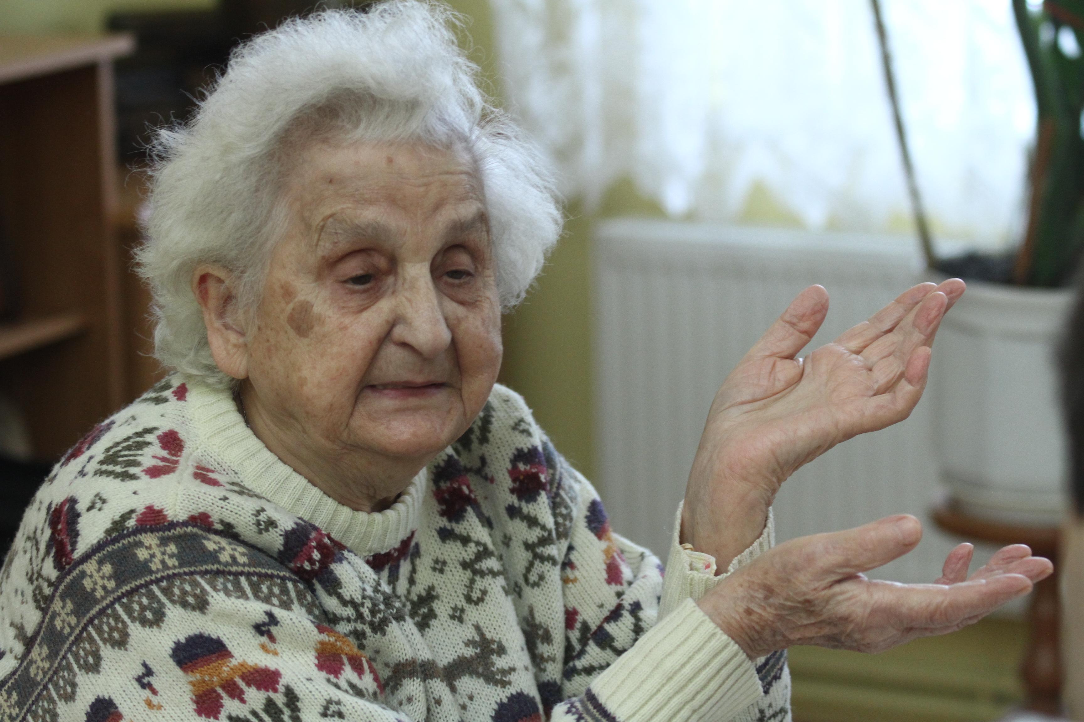 Marianna Arniewicz wspomina: — Z młodszą siostrą byłam więziona w niemieckich obozach w Ravensbruck, Buchenwaldzie i Bergen-Belsen