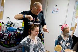W niedzielę salon fryzjerski też ostrzyże dla orkiestry