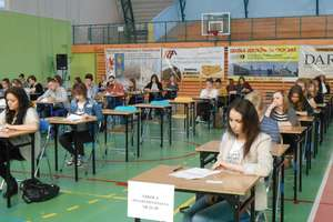 """Konkurs """"Mistrz Języka Polskiego"""" w Gimnazjum nr 2 już po raz piąty"""