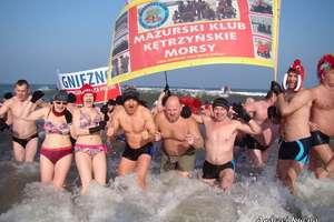 Kętrzyńskie Morsy uczestniczyły w biciu rekordu  Guinnessa w Mielnie