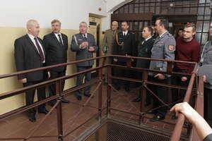 Nasz reporter trafił do olsztyńskiego więzienia... na dzień otwarty. Zobacz film i zdjęcia