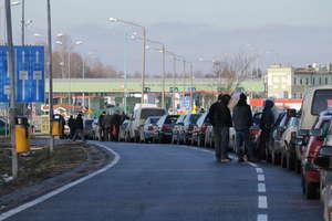 Protest celników. Kierowcy stoją w długiej kolejce