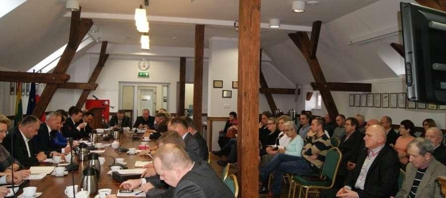 Nowo wybrani sołtysi wzięli udział w ostatniej sesji Rady Gminy Ostróda