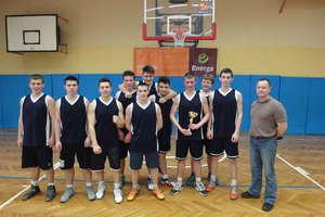 Młodzi koszykarze  z Kętrzyna zagrają w finale mistrzostw województwa