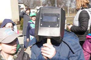 Uczniowie z Sątop obserwowali zaćmienie Słońca
