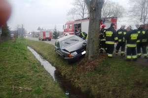 Tragiczny wypadek w Gronowie. Kierowca audi nie żyje