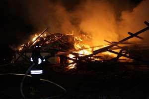 Pożar pod Oleckiem, mogło dojść do podpalenia