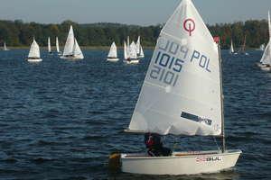 Bezpłatne pozalekcyjne zajęcia z żeglarstwa w Bazie