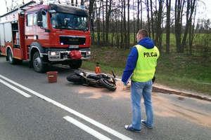 Śmiertelny wypadek przed Bezledami. Nie żyje 33-letni motocyklista [ZOBACZ FILM]