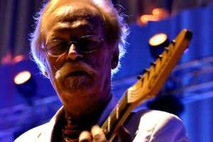 Kossela, Czerwone Gitary: Dostałem rozkaz założenia zespołu
