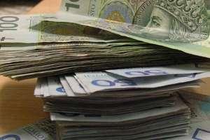 Dzięki nagraniu z monitoringu odzyskali skradzione pieniądze