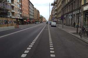 Na Dąbrowszczaków jest więcej samochodów niż w centrum Karlskrony