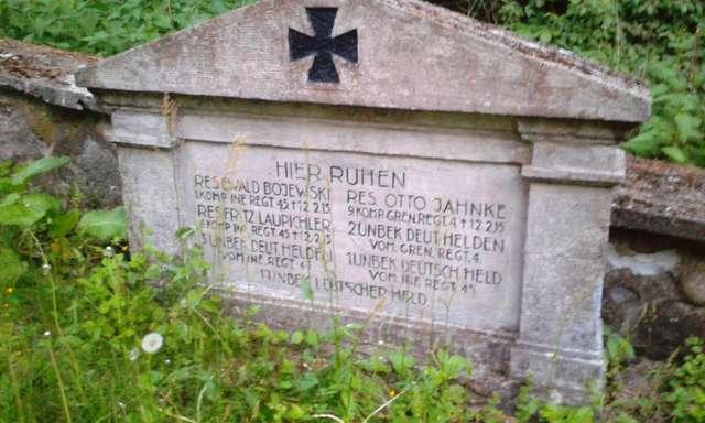 Najwyższy cmentarz wojenny na Mazurach - full image