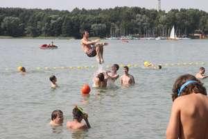 Sanepid zatwierdził 12 kąpielisk. Która plaża spełnia warunki?