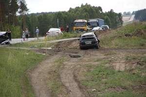 Zderzenie czterech pojazdów na DK 51. Pięć osób rannych w tym dwoje dzieci AKTUALIZACJA