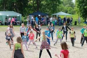 Festyn rodzinny w szkole podstawowej w Dzietrzychowie