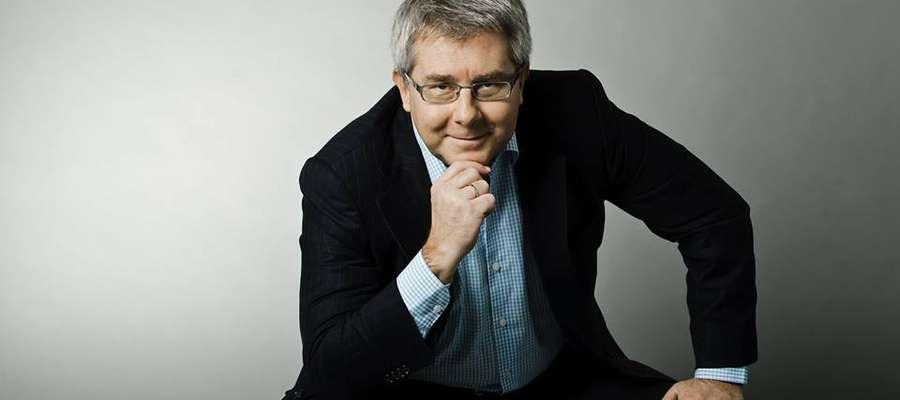 Ryszard Czarnecki, europoseł, działacz sportowy, mówi, że FIFA rządziła się własnymi prawami