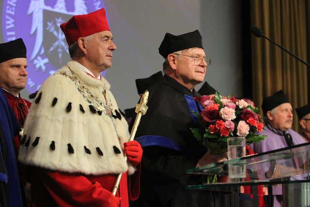Tylko jeden kandydat do objęcia fotela rektora UWM - full image