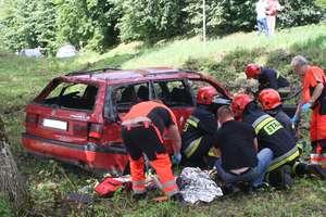 Wypadek koło Olecka. Dziecko i kierowca w szpitalu